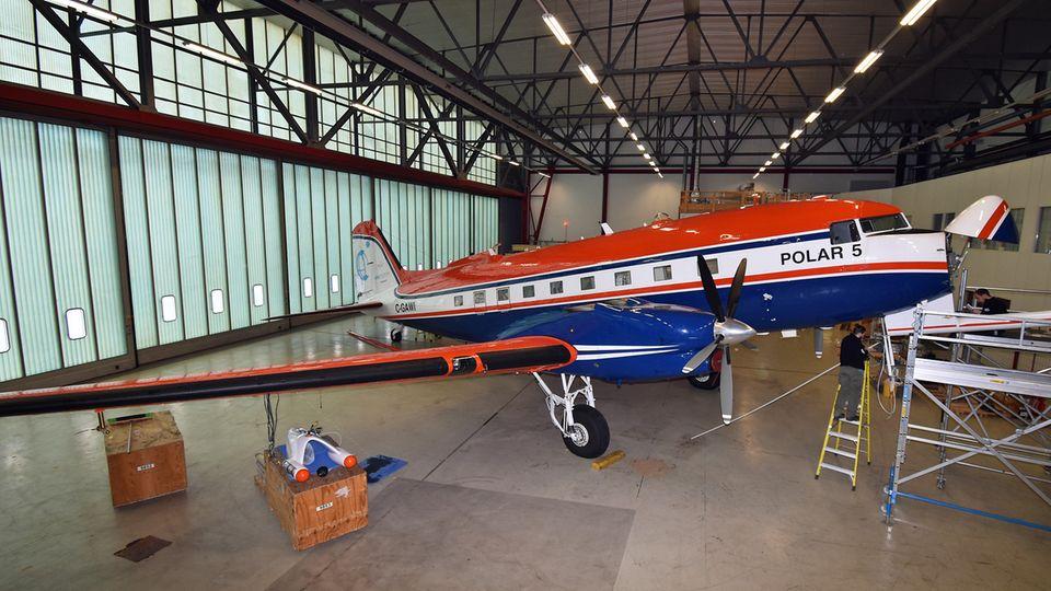 "Douglas DC-3 ""Polar 5"""