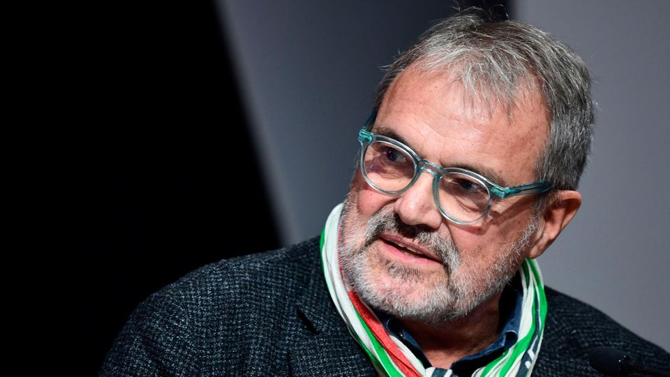Starfotograf Oliviero Tosani, unter anderem bekannt für Zusammenarbeit mit Benetton