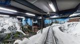 15 Jahre: Mit dem Zug durch die Hamburger Alpen Das Miniatur-Wunderland gehört mit seinen Modelleisenbahn-Nachbauten der halben Welt zu den wichtigsten Hamburger Touristenmagneten. Bei Maps gibt es eine ganze eigene Perspektive: die der Lokomotive.