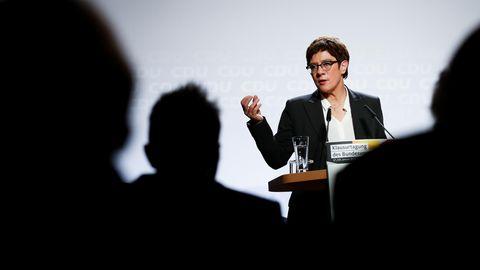 Annegret Kramp-Karrenbauer (CDU) erklärte am Montag, vom Amt der CDU-Parteichefin zurücktreten zu wollen
