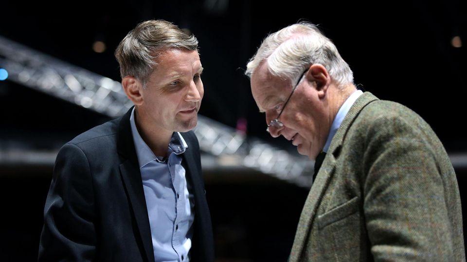 AfD-Co-Landeschef Björn Höcke (l.) und AfD-Co-Fraktionsvorsitzender im Bundestag Alexander Gauland