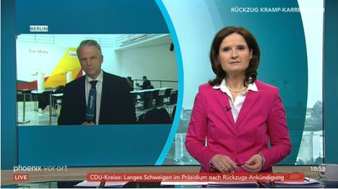 Moderatorin Ines Arland und Reporter Gerd-Joachim von Fallois bei Phoenix