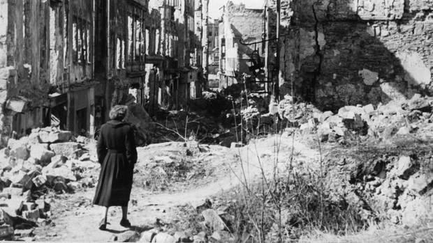 Tausende Menschen kamen bei den Bombenangriffen auf Dresden im Februar 1945 ums Leben