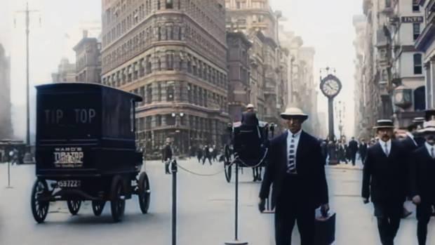 Historische Aufnahmen zeigen das Leben in New York kurz vor dem Ausbruch des Ersten Weltkriegs.