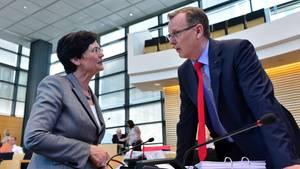Thüringens damalige Ministerpräsidentin Christine Lieberknecht (l.) und der damalige Linken-Fraktionschef Bodo Ramelow