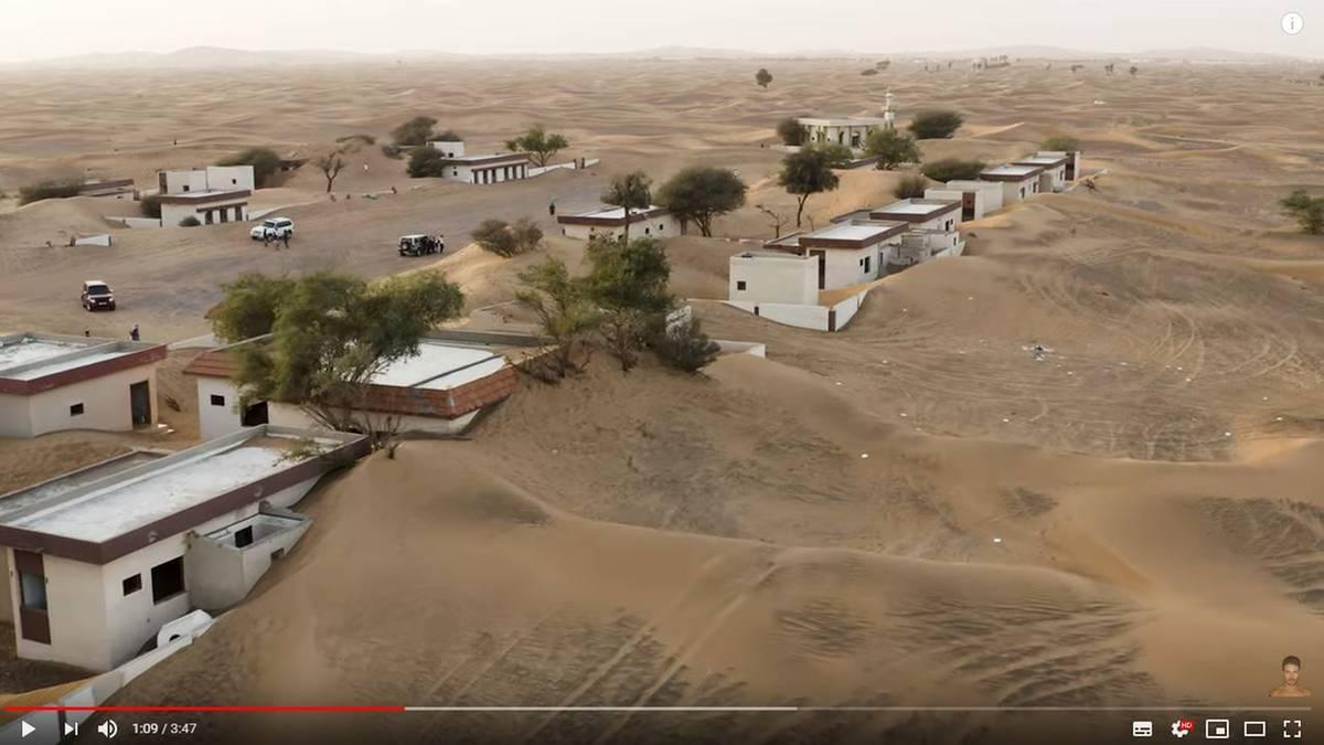 Geisterdorf wird von der Wüste verschlungen - und entwickelt sich zum Touristenmagneten