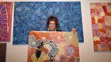 Merry Apma mit Bild einer schwarzen Schlange
