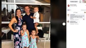 Rowan Baxter mit seiner Ehefrau Hannah und den drei gemeinsamen Kindern