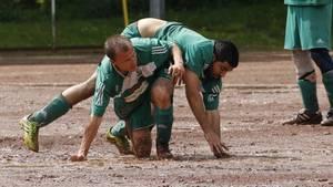 Gerangel zwischen Spielern unterklassiger Mannschaften
