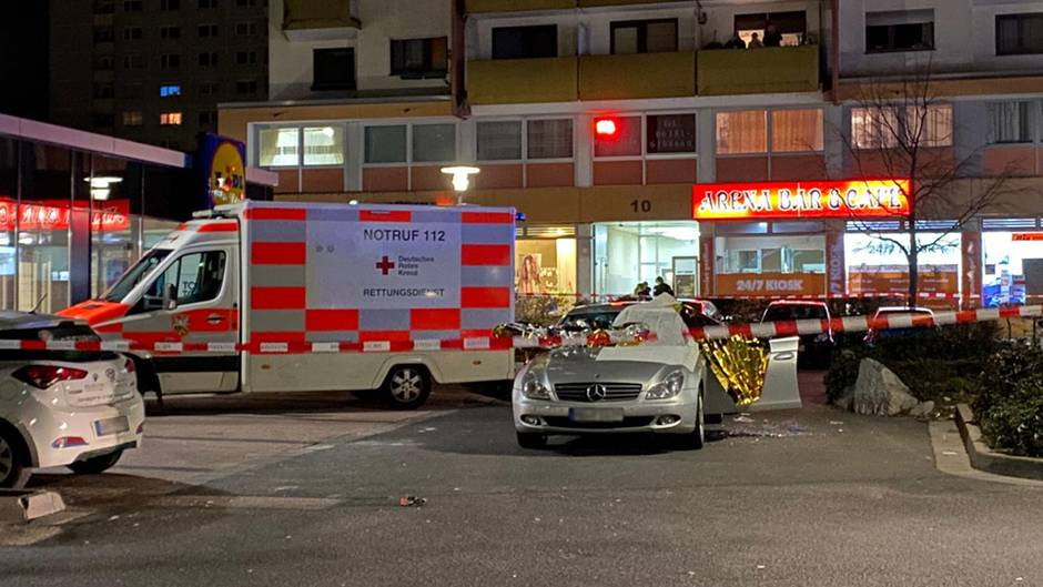 Elf Tote in Hanau - mutmaßlicher Schütze tot