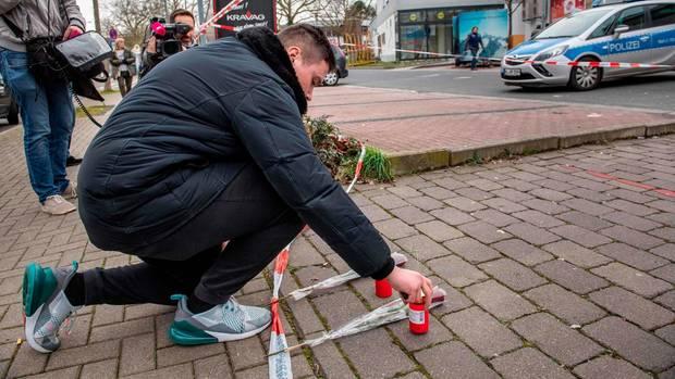 Trauernder in Hanau