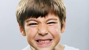 Wütender Junge