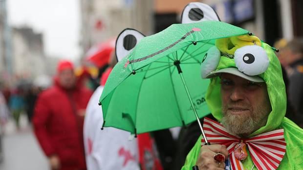 Karneval: Düsseldorf sagt Kö-Treiben ab