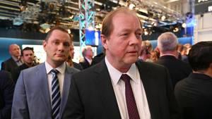 Hamburg: Der Spitzenkandidat der AfD, Dirk-Wolfgang Nockemann (r.), und der AfD-Co-Parteichef Tino Chrupalla