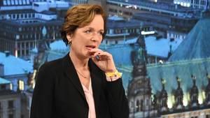 Die Hamburger FDP-SpitzenkandidatinAnnavon Treuenfels-Frowein nach der Wahl