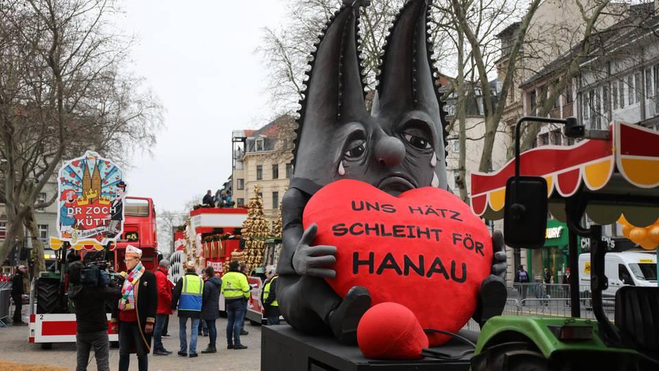 Motivwagen zum Anschlag von Hanau in Köln
