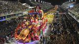 In der Nacht zu Dienstag geht es erneut in Rio hoch her: der zweite Durchlauf der Sambaschulen durch dasSambódromo