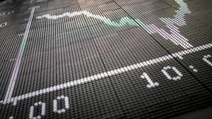 Dax-Kurve zeigt im Handelssaal der Börse