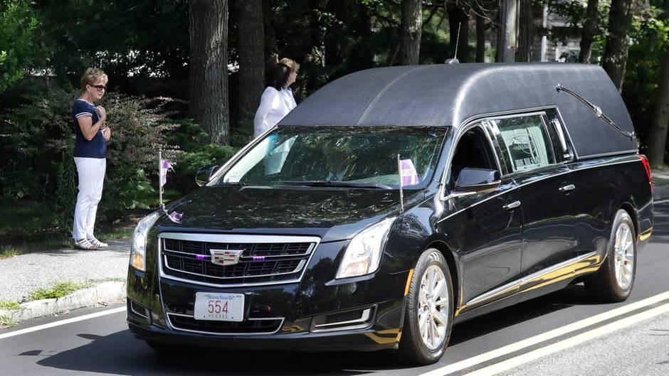 Ein Leichenwagen