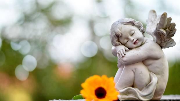 Der Engel ist das Sinnbild des Friedens und der Harmonie. Es gibt jedoch auch Religionen, die ganz ohne ihn auskommen.
