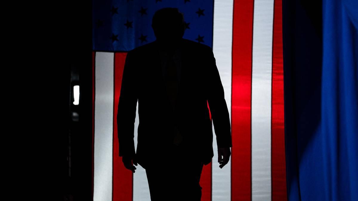 Gesundheitsteam gefeuert, Coronavirus verharmlost – wie Trump als Krisenmanager strauchelt