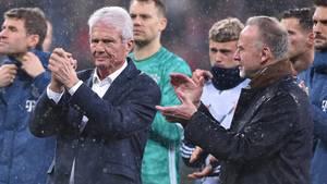 Bayern-BossKarl-Heinz Rummenigge und die Bayern-Spieler solidarisierten sich am Samstag mitTSG-Mäzen Dietmar Hopp
