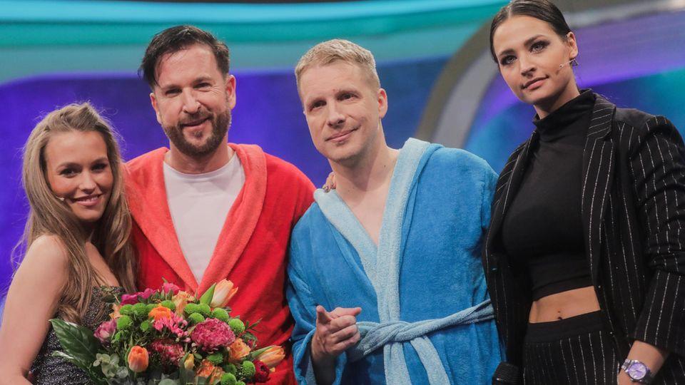 Oliver Pocher (2.v.r), seine Frau Amira (r.) sowie Michael Wendler (2.v.l), Sänger, und seine Freundin Laura Müller