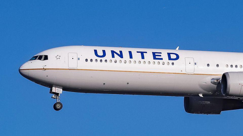Eine Boieng 767 von United Airlines