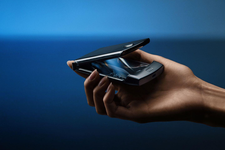 Neue Technologie: Die Wahrnehmung von Klappsmartphones wie dem Motorola Razr hat sich im letzten Jahr verändert