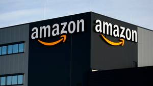 Amazon-Logo an Haus