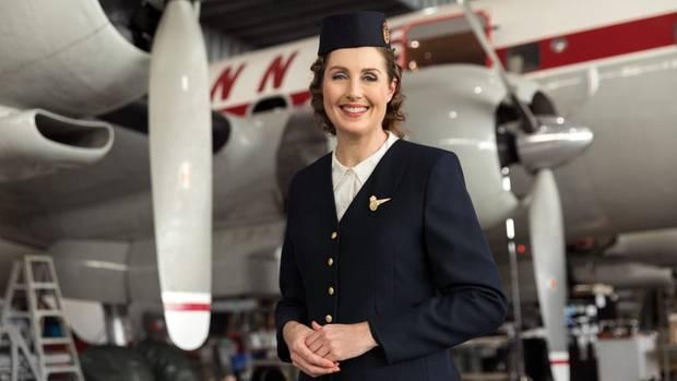 Aus dem neuen Sicherheitsvideo von Qantas: Zeitreise in die 50er Jahre: