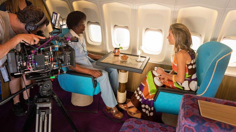 """Zurück in die 70er Jahre: die """"Captain Cook Lounge"""" an Bord der Boieng 747 im Upper Deck"""