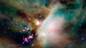 Eine Aufnahme des GalaxiehaufensOphiuchus mit einemNASA-Teleskop. Dort hat sich kürzlich die größte bisher bekannte Explosion im Universum ereignet.