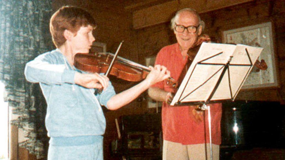 Daniel Hope 1983 mit seinem musikalischen Lehrer und Mentor Yehudi Menuhin