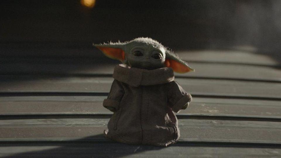 """Auf Baby Yoda bzw. """"The Child"""" freuen sich viele """"Star Wars""""-Fans im Spin-off """"The Mandalorian""""."""
