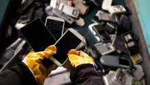 Immer mehr Geräte mit Akku landen im Müll