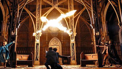 Die Feuerblitze aus den Zauberstäben zählen zu den verblüffenden Effekten