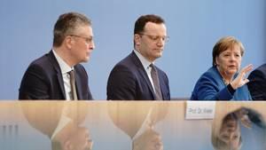 RKI-Präsident Lothar Wieler, Bundesgesundheitsminister Jens Spahn und Kanzlerin Angela Merkel