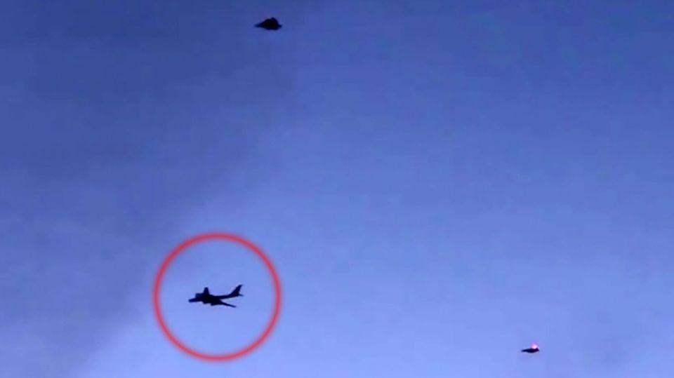 Konfrontation vor Alaska: US-Kampfjets fangen russische Bomber ab