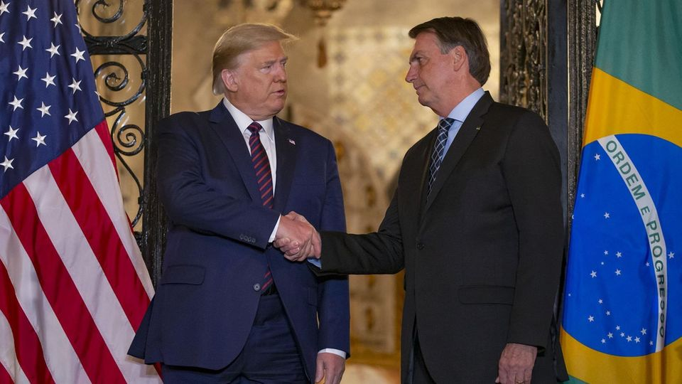 US-Präsident Donald Trump (l.) und Brasiliens Präsident Jair Bolsonaro