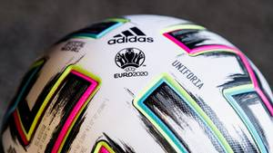 Uniforta – Der offizielle Ball der Fußball-EM 2020