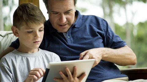 Mit den richtigen Apps ersetzt das Tablet das Schulbuch.