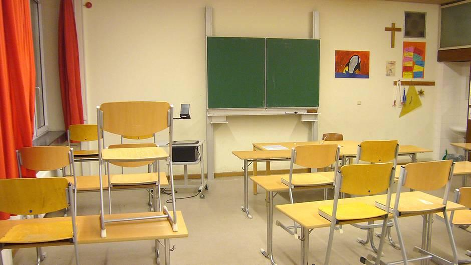 Ab Montag bleiben viele Klassenzimmer leer. Dann schlägt die Stunde der E-Learning-Plattformen.