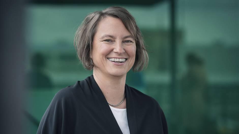 """Henrike von Platen war lange Schirmherrin des Deutschen Equal-Pay-Aktionstages. Die 49-Jährige ist studierte Wirtschaftsinformartikerin, Unternehmensberaterin und gründete 2017 das """"Fair Pay Innovation Lab """"."""