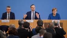 Coronavirus: Lothar Wieler, Jens Spahn, Angela Merkel