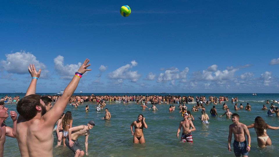 USA: Spring Break Party am Strand