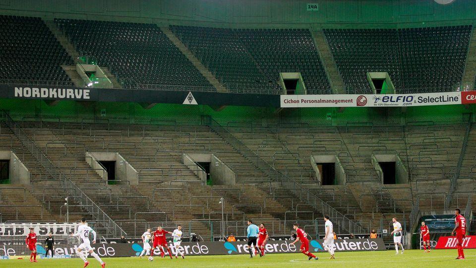 Das Bundesligaspiel Gladbach gegen Köln fand vergangene Woche wie alle Spiele der Liga vor leeren Rängen statt