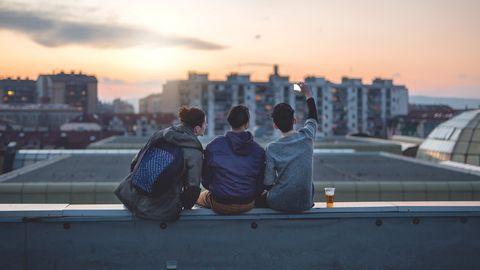 Erfahrungsberichte: Ohne Vertrauen in andere fühlen wir uns verloren. Die gute Nachricht: Es lässt sich lernen