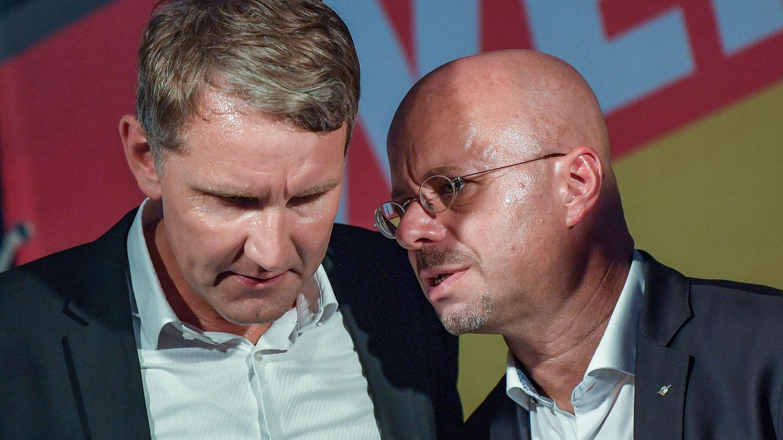 Björn Höcke (l), Vorsitzender der AfD in Thüringen und Andreas Kalbitz, Landesvorsitzender der AfD in Brandenburg