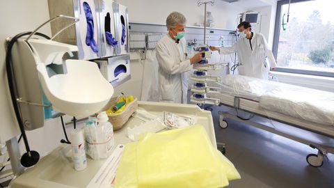 Das Allgemeinen Krankenhaus Viersen (NRW): Die Klinikhat wegen der Corona-Krise zusätzliche Kapazitäten von Intensivbetten und Beatmungsgeräten geschaffen – wie viele andere Krankenhäuser in Deutschland.